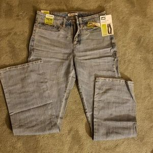 NWT Lee Sz 6 Natural Fit Stretch jeans